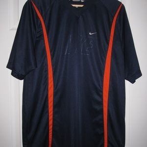 Men's Nike Short Sleeve T-Shirt Size L